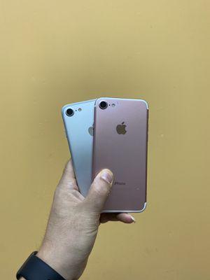 IPhone 7 unlocked for Sale in Lakeland, FL