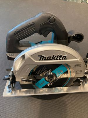 NEW 18V Makita Brushless CORDLESS Sub Compact Circular Saw 18V for Sale in Portland, OR