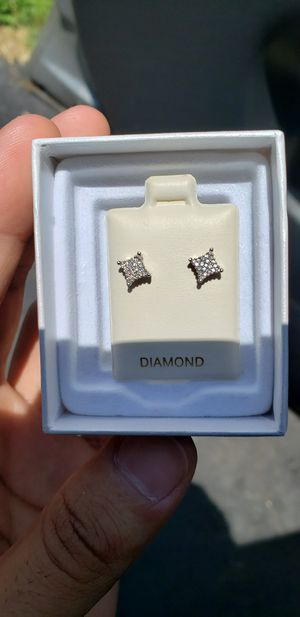 White gold diamond earrings for Sale in New Britain, CT