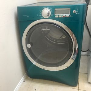 Dryer electric works great !!!! for Sale in Frisco, TX