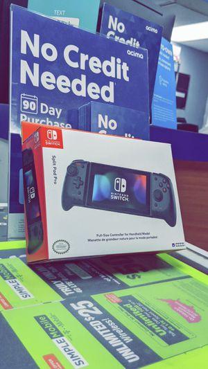 Hori - Split Pad Pro (Black) Handheld Controller for Nintendo Switch! BRAND NEW IN BOX! for Sale in Arlington, TX