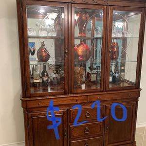 Chine Hutch Cabinet for Sale in Cypress, TX