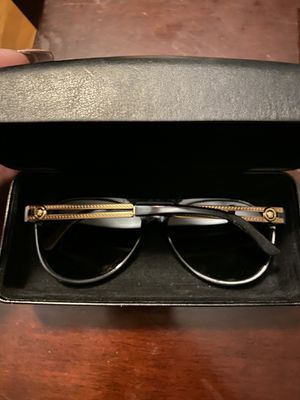 Authentic Versace Sunglasses for Sale in Chicago, IL
