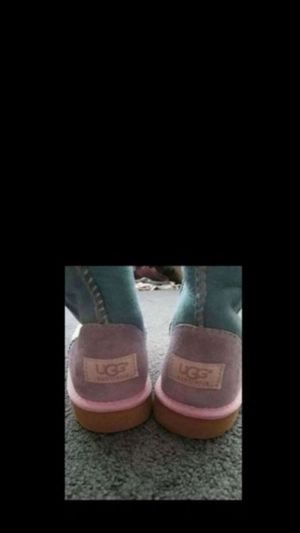 Uggs girls sz 4 for Sale in Modesto, CA