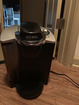 Keurig coffee maker for Sale in Tampa, FL