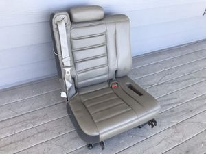 HUMMER H2 3rd row seat, like new for Sale in Auburn, WA