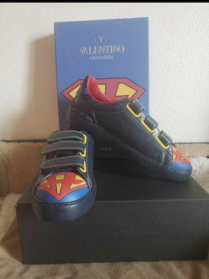 Valentino size 8 for Sale in Bassett, CA