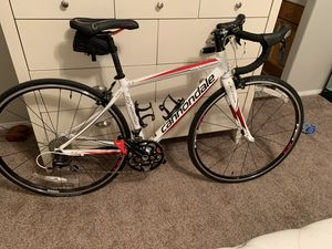 CANNONDALE SYNAPSE 105 WOMENS ROAD BIKE FOR SALE 44CM for Sale in Las Vegas, NV