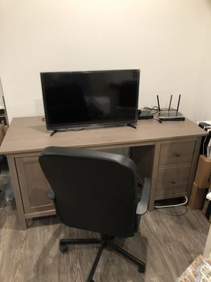 Office desk and chair on sale! for Sale in West Los Angeles, CA