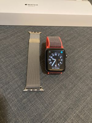 Apple Watch with 3 bands for Sale in Bellevue, WA