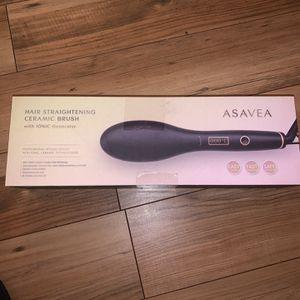 AsaVea Hair Straightener Brush with Built In Premium Anion Generator (BLACK) for Sale in Stone Mountain, GA