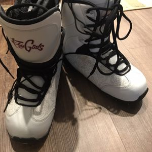 Women's Snowboarding Boots for Sale in Traverse City, MI