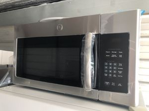 Brand New GE Steinless Microwave for Sale in Santa Ana, CA