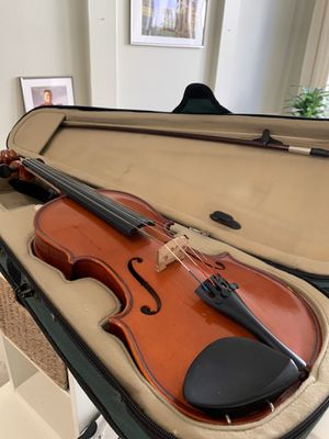 Violin with bow and case for Sale in Chandler, AZ