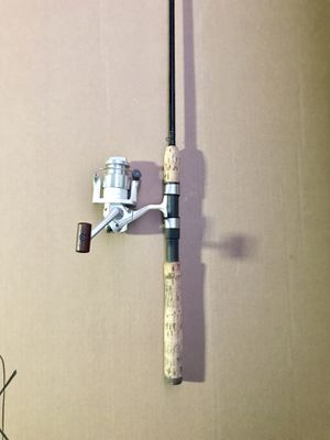 St.Croix Fishing rod With Shimano Stradic Reel for Sale in Glendale Heights, IL