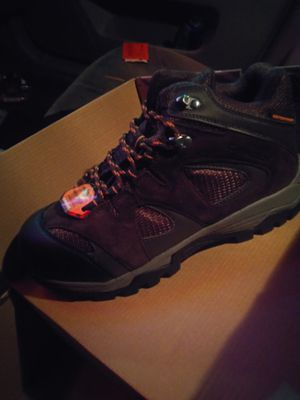Men's work boots brand new in box size 8 for Sale in Everett, WA