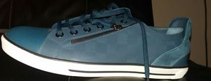 Louis Vuitton size 10 Blue white bottoms for Sale in Chicago, IL