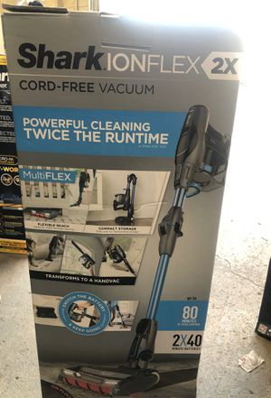 Shark IonFlex 2x vacuum for Sale in Dearborn, MI