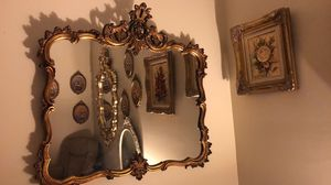 "35""X35"" Super Antique Vintage Ornate Heavy Wood Mirror ""SERIOUS BUYERS ONLY "" for Sale in Gainesville, VA"