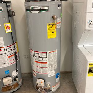 AO Smith Water Heater G6-MH4035NVR for Sale in League City, TX