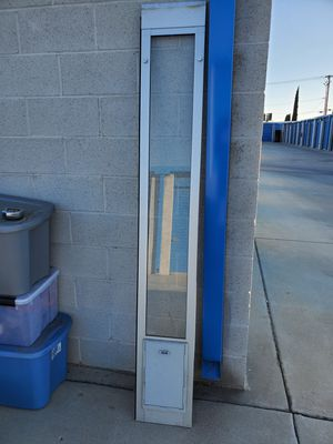 Ideal Pet Products sliding glass door dog/cat entry for Sale in Beaumont, CA