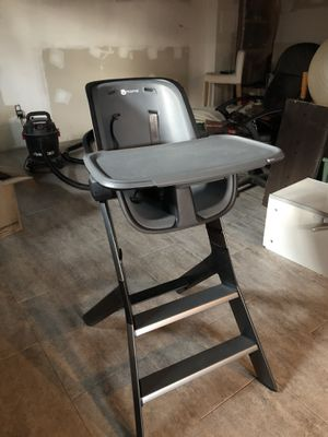 4moms high chair for Sale in Silver Spring, MD