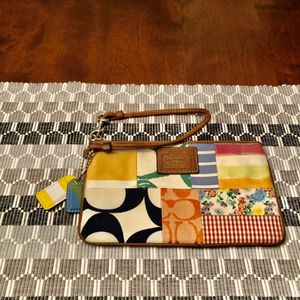 Multicolor Authentic Coach Wristlet for Sale in Strongsville, OH