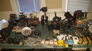 A LOT of vintage 1930-1960's camera's, lenses, lighting, film, and accessories. for Sale in St. Louis, MO