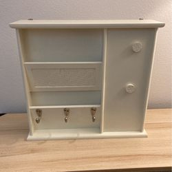 Mail And Key Organizer White Wall Shelf Shabby Chic for Sale in Covington,  WA
