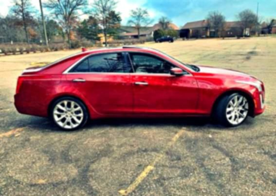 2013 Cadillac 2.0 TURBO LOW MILES!