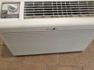 Zenith WINDOW AC ***EXCELLENT WORKING CONDITION*** $40 OBO for Sale in Seattle, WA
