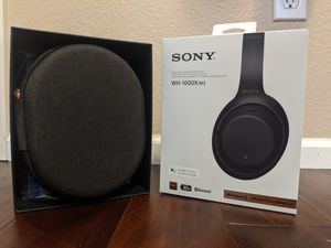 Top-Rated Sony Noise-Cancelling and Bluetooth Headphones - Case and Wires Included for Sale in Englewood, CO