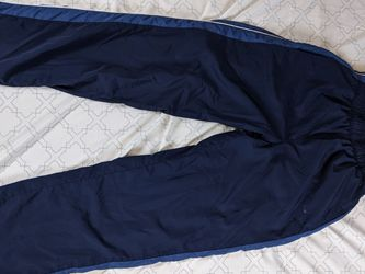 Reebok Pants For Men M for Sale in Elgin,  IL