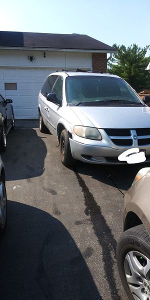 Grand caravan. Dodge. Need brake line and tire for Sale in Columbus, OH
