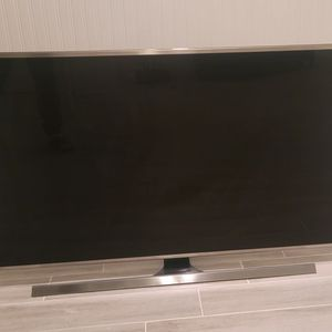 "Samsung UN48JS8500 48"" Smart LED 4K Ultra HD TV for Sale in Canton, MA"