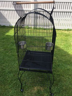 Birds cage in great condition for Sale in Dearborn, MI