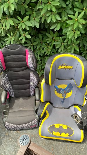 Two convertible change into booster seat car seats for Sale in Haverhill, MA