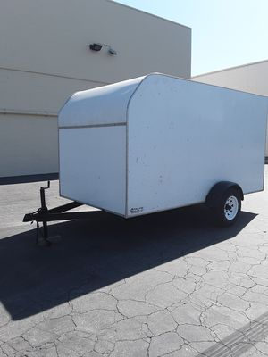 ENCLOSED TRAILER for Sale in Los Angeles, CA