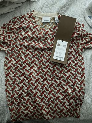 Burberry Women's shirt new never worn with original tags for Sale in La Habra Heights, CA
