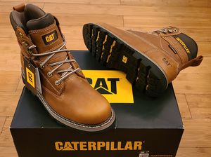 CAT Work Boots size 7.5 and 8 for Men. for Sale in Lynwood, CA