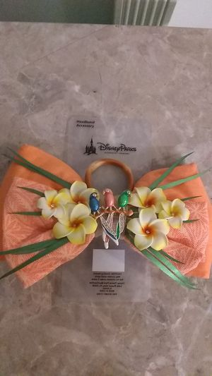 Disney Parks Enchanted Tiki Room Floral Rhinestone Birds Interchangeable Clip Bow Brand New for Sale in Los Angeles, CA