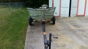 12 ft V Hull Boat Great For Fishing for Sale in Goodlettsville, TN