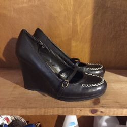 Chaps Maryjane Wedge Heels - 7B for Sale in Asheboro,  NC