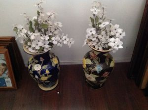 Beautiful antique vases for Sale in Henderson, NV