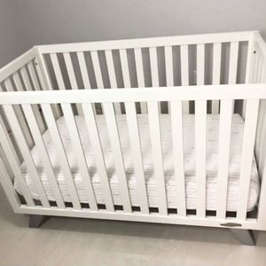 Child Craft Crib *GREAT CONDITION* for Sale in Hollywood, FL
