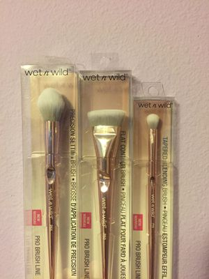 Wet N Wild Pro Makeup Brushes for Sale in Portland, OR
