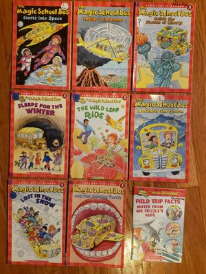 Magic School Bus level 2 books for 1st through 3rd readers for Sale in St. Charles, IL