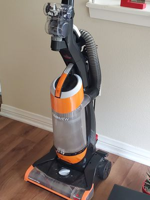 Bissell Cleanview Turboplus tool upright vacuum bought in March for Sale in Upland, CA
