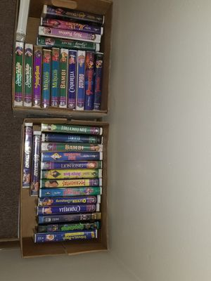 30 Disney vhs tapes for Sale in Chicago, IL