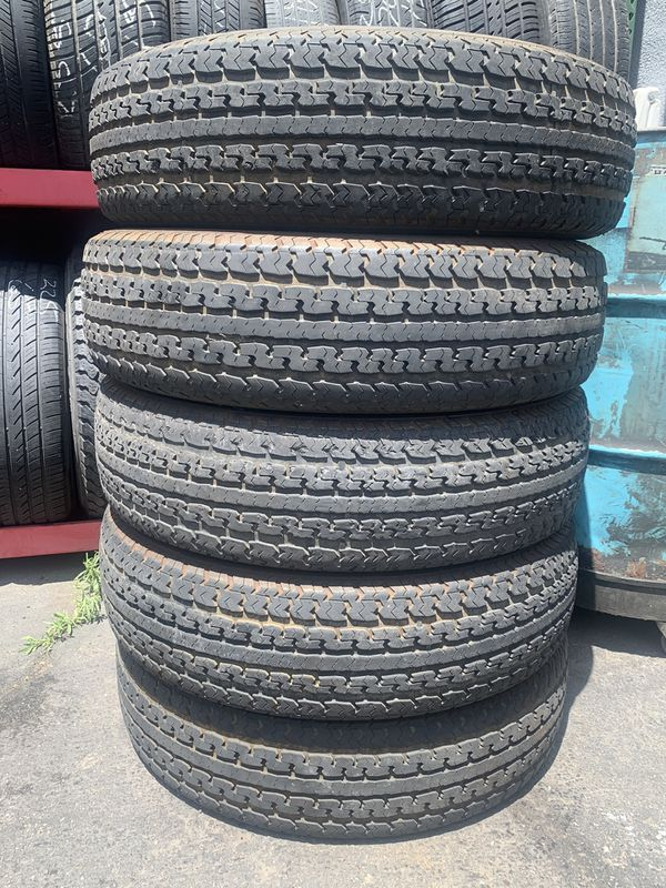 (5)235/80/16 TRAILER TIRES GOOD CONDITION (Used)